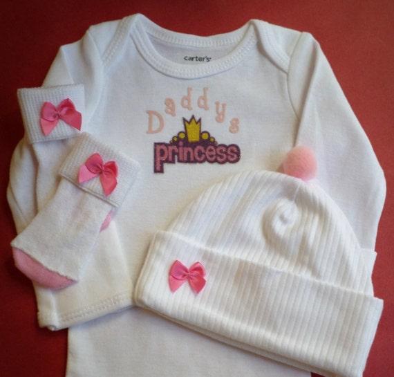 Daddy's Princess Newborn Baby Girl Bodysuit Gift Set