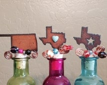 OKLAHOMA TEXAS or TEXAS with star Rusty Rustic Rusted Metal Decorative Wine Bottle Cork Stopper Topper