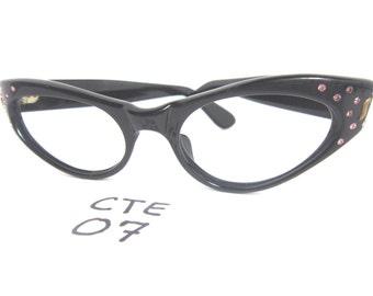Authentic Vintage Medium Fit 1950s/60s Cat Eye Eyeglass Frames Black (CTE-07)