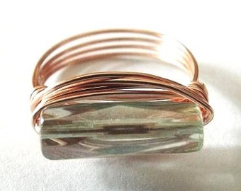 Green Glass Ring, Rose Gold Ring, Glass Jewelry, Unique Ring, Light Green Ring, Wire Wrap Ring, Jewelry Handmade, East West Ring, Sage Green