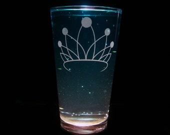 Diamond Tiara Cutie Mark - Pint Glass