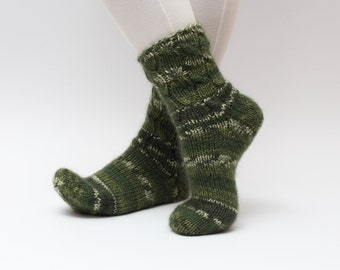 Hand Knitted green socks for men and women Warm soft socks Winter socks Slipper socks Hand knitted wool socks Boot socks Cable knit socks