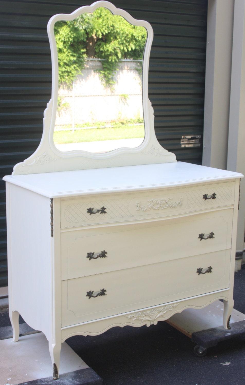 vintage dresser with vanity mirror. Black Bedroom Furniture Sets. Home Design Ideas