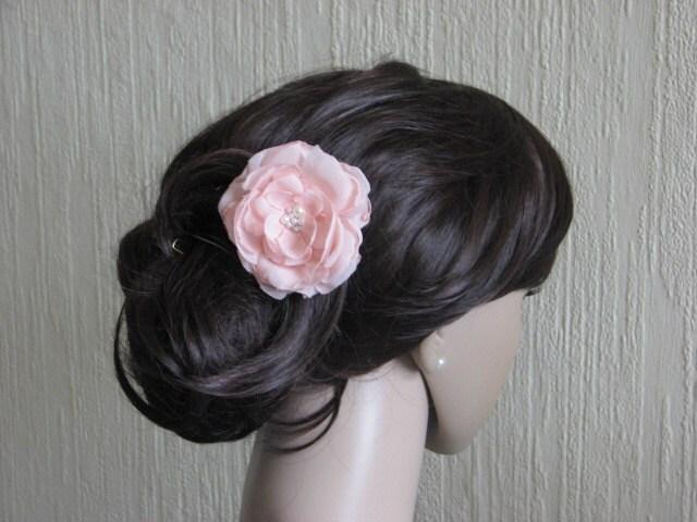 cheveux rose fleur cheveux rose p le fleur mari e rose cheveux. Black Bedroom Furniture Sets. Home Design Ideas