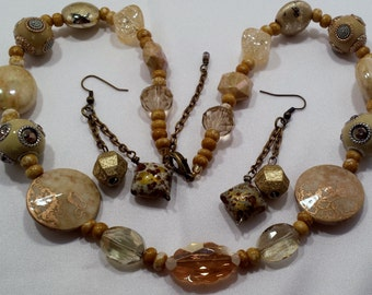 Beige & Tan beaded necklace and earring set.