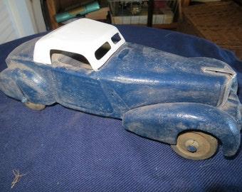 Fantastic Large Vintage Wyandotte Pressed Steel 1940's Sedan Toy Car