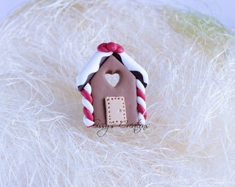 Gingerbread house ring in polymer clay