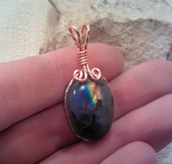 Labradorite Copper Wire Wrap Pendant Pw125