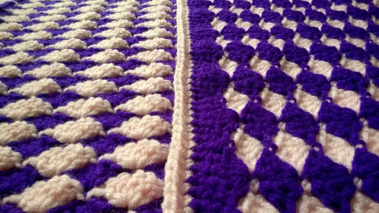 Almost Reversible Shell Baby Blanket Pattern by ...
