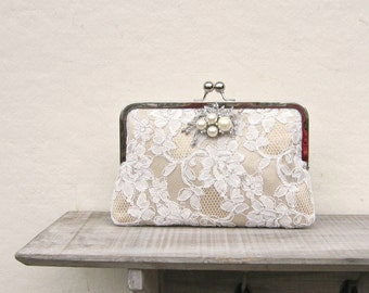 Champagne clutch, lace bridal clutch, pearl and rhinestone champagne purse, bridesmaid clutch, clutch purse, champagne wedding, formal purse