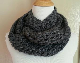 Chunky cowl gray, Crochet scarf, Crochet infinity scarf, chunky gray scarf, handmade, Crochet, warm, scarf, neckwarmer, Circle scarf