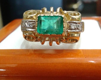Vintage 1940's 18KY Natural Emerald Ring