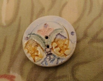 197: A Colorful Lacy Ceramic Button