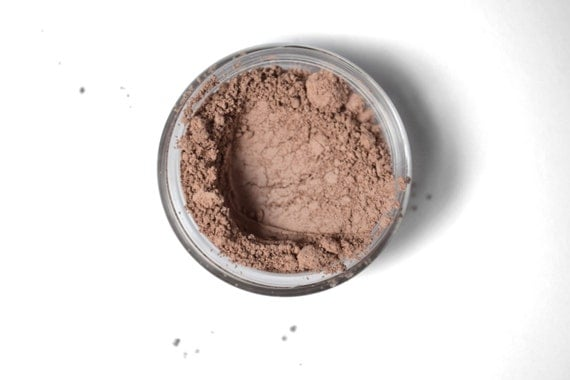 Warmhearted mineral eyeshadow, matte makeup, natural pigments, brown eyeshadow