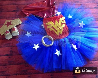 wonder woman tutu,wonder woman outfit, girls wonder woman, wonder woman costume, tutu outfit, halloween costume, birthday outfit,