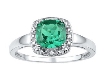 1.75 Synthetic Emerald & Diamond Sterling Silver Ring ~ Great Gift ~ Free Shipping
