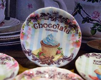 Chocolate Cupcake Miniature Plate for Dollhouse 1:12 scale