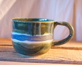 Mug in Vert Lustre (green) with White Opal and Stoned Denim Stripe (white and blue)