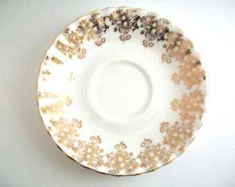 Vintage Ring Dish, Floral Ring Dish, Flower Ring Dish, Gold Ring Dish, White Ring Dish Ring Dish Jewelry Dish Trinket Dish Gold Trinket Dish