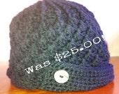 Women's Hand Crocheted Winter Hat - Black - Brimmed