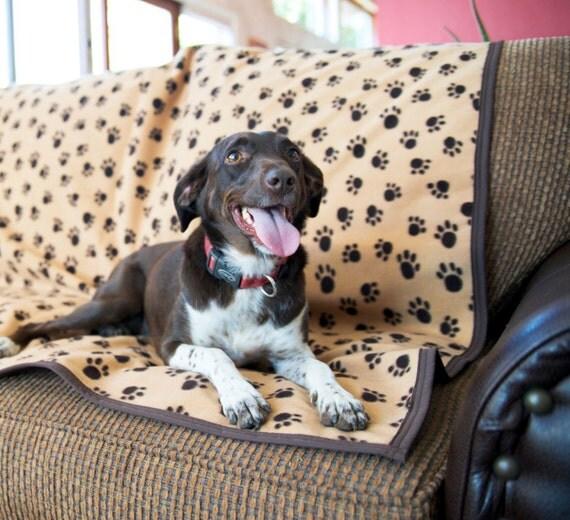 Dog Fur Rugs: NATURALLY WATERPROOF Fleece Pet Throw Dog Blanket