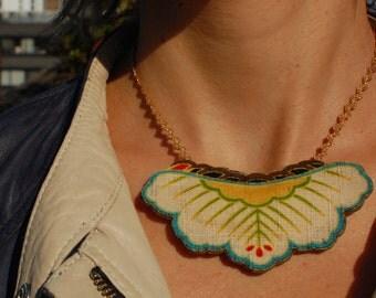 Collier en coton japonais, bijoux en tissu au motif japonais, accessoire motif japonais traditionnel, bijoux bohème chic