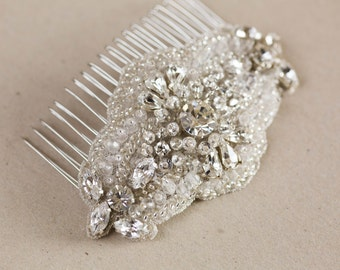 Small bridal hair comb - Style Lia (Made to order)