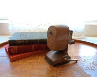Retro Desktop BEROL SHARPENER- Collectible Pencil Sharpener- Old Made in USA- Writing Instruments- Pencil Sharpener- Suction Mount