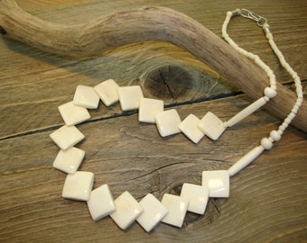 Vintage- Cow Bone -Square-Cream-Carved-Beads-Women-Charming-Necklace