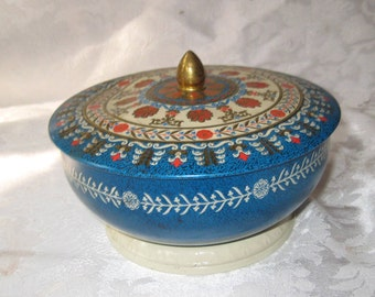 Pretty blue decorative round tin with lid, Made in England, metal box, shabby cottage chic decor