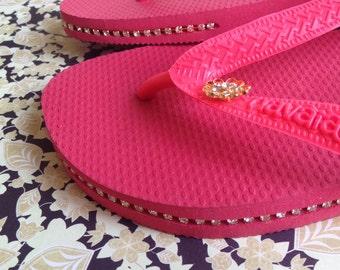 Havaianas Top Sandals Flip Flop with Crystals & Piercing, Size 9
