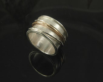 Nordic New Beginnings Birch Ring with spinners