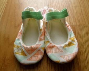 Organic baby shoes, Geometric baby shoes, modern baby, hipster baby, coral,teal shoes, vegan shoes, vegan baby, baby girl shoes.