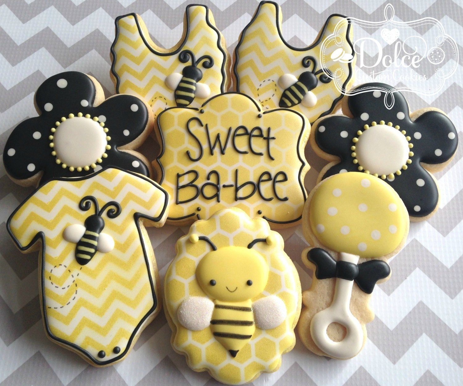 layer cookies bumble bee cookies super cute bumble bee cookies for a ...