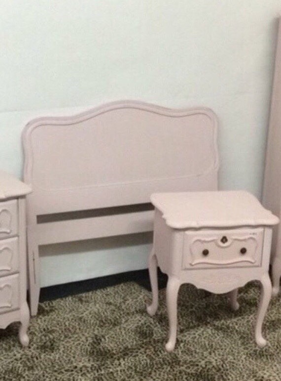 Clearance BEDROOM SET Stunning Vintage French Provincial
