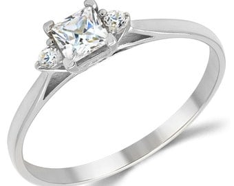 14K Solid White Gold CZ Cubic Zirconia 3 Stone Enagement Ring