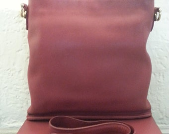 Vintage Coach  Red Bucket Crossbody/Shoulder Bag - #9806