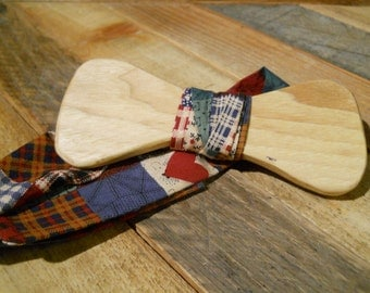 Wooden Bow Tie - Hickory