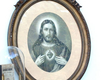 French vintage picture of Jesus Shabby chic gilt wood frame with a picture of Jesus
