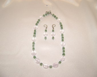 Adventurine and Crystal necklace and earring set - 095