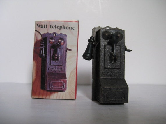 Old Fashioned Wall Pencil Sharpener