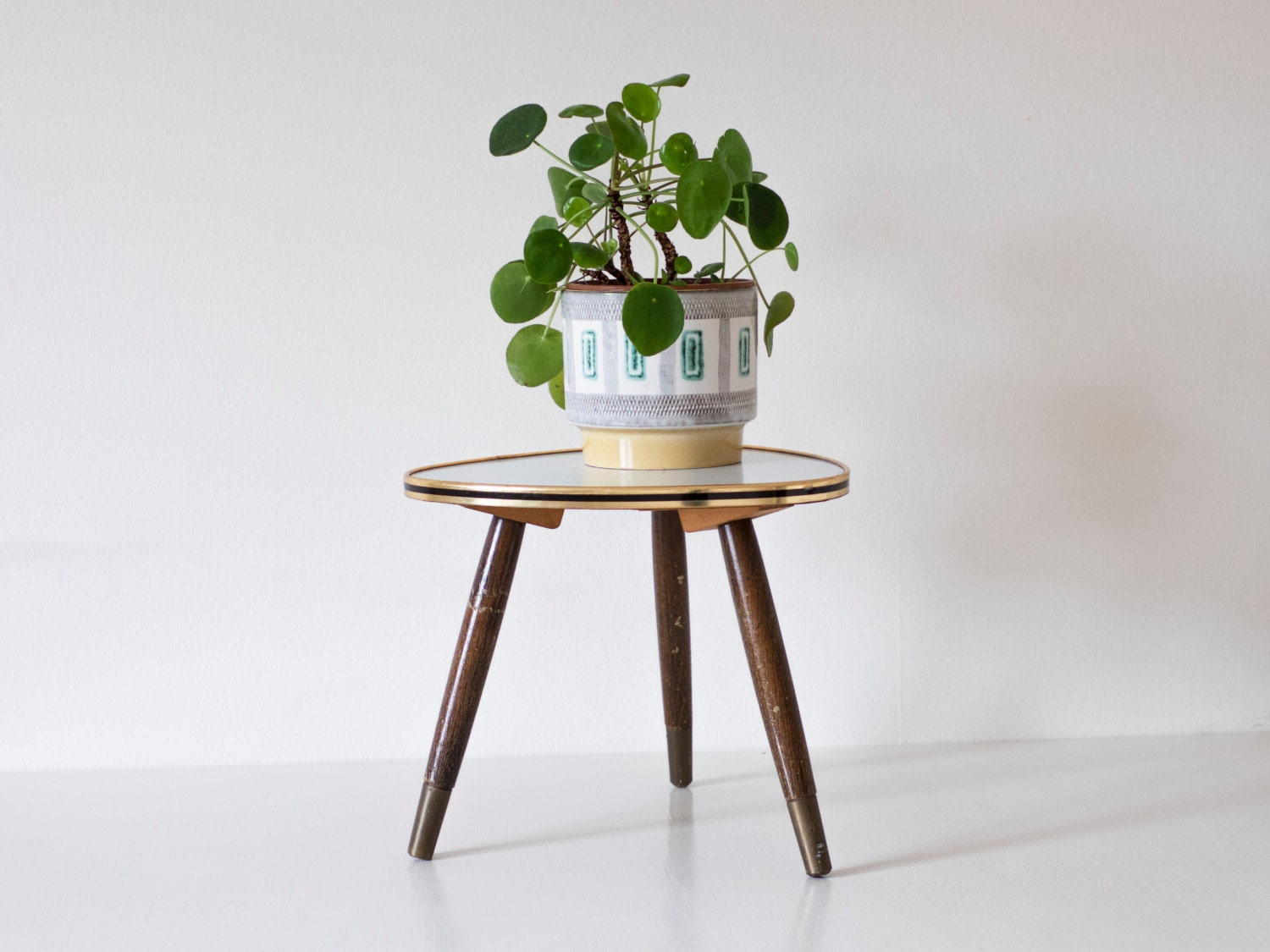 mid century modern plant stand small atomic triangular table. Black Bedroom Furniture Sets. Home Design Ideas