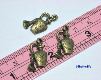 "Lot of 24pcs Double Sided Antique Bronze Tone ""Perfume Bottle"" Metal Charms. #BC3172."