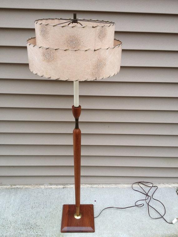 10 off sale mid century modern floor lamp pole lamp teak and brass. Black Bedroom Furniture Sets. Home Design Ideas