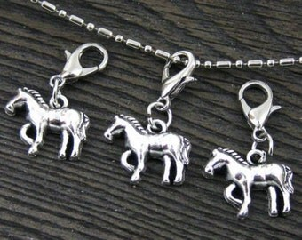 1 pc. Horse Dangle for Bracelets, Floating Charm Pendants, Necklaces & Keychains  D031