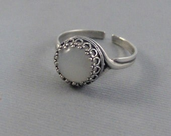 Moonstone Sterling Ring,Ring,Sterling Silver Ring,Silver,Moonstone Ring,Genuine Moonstone,White Stone,October Birthstone. Seamaidenjewelry.