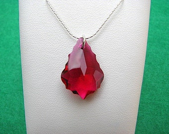Swarovski Baroque Ruby 925 Silver Chain Necklace Pendant