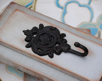 Wall Hook - Wall Organizer - Fixture - Jewelry Holder - Hnadcrafted from Reclaimed Wood - Wall Accent - Hook - Key Holder - Made to Order