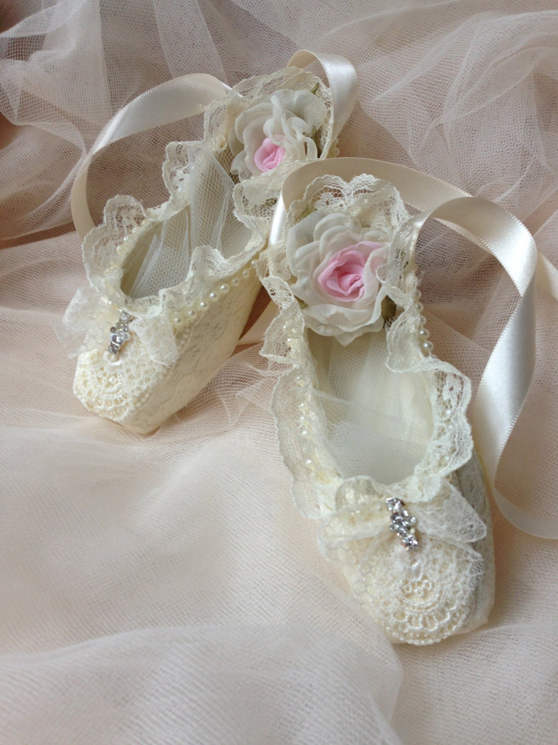 Paper mache ballet shoes home decor girl room decor ivory for Ballet shoes decoration