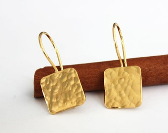 Gold square earrings, Hammered earrings, Gold dangle earrings, minimalist earrings.